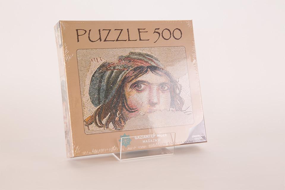 Puzzle Çingene Kızı